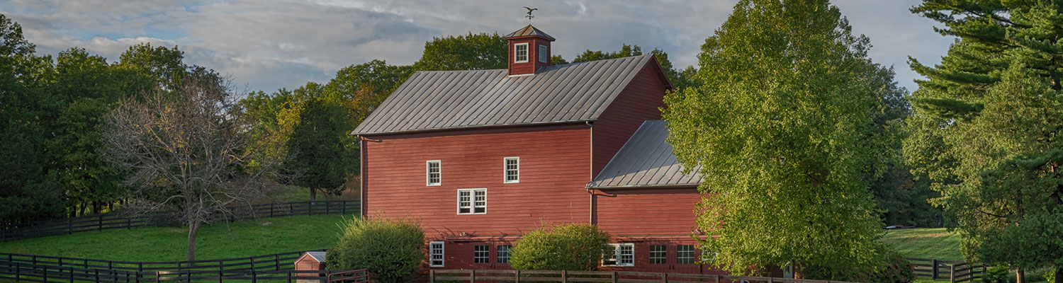 Red barn in Rhinebeck, NY